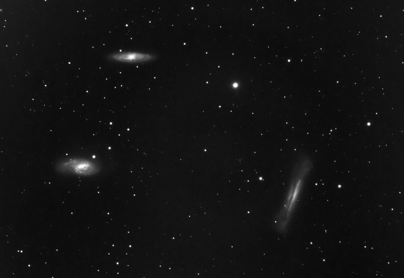 Le trio de galaxies du lion M65 M66 NGC3628