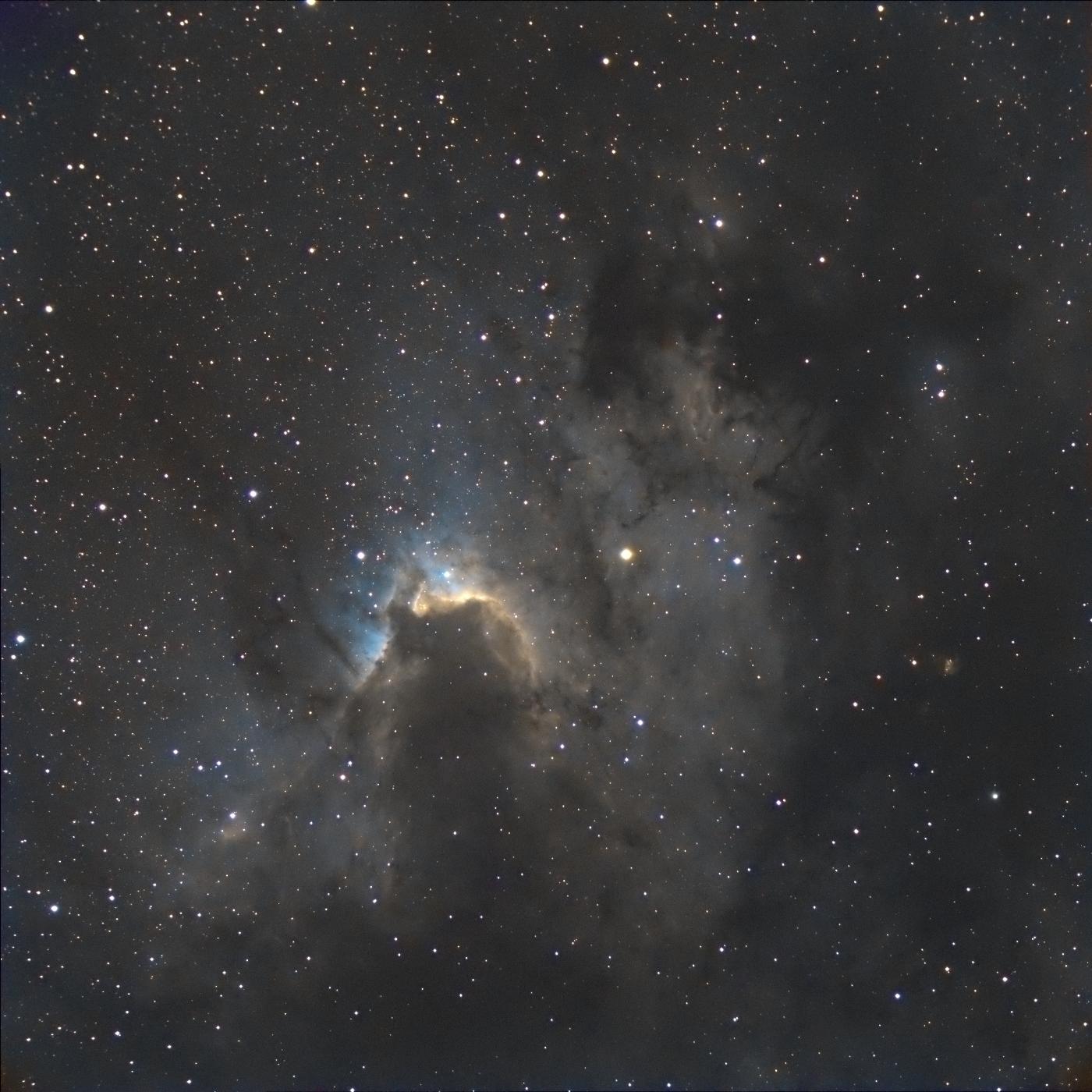 Cave nebula ou nébuleuse de la grotte ou Sh2-155