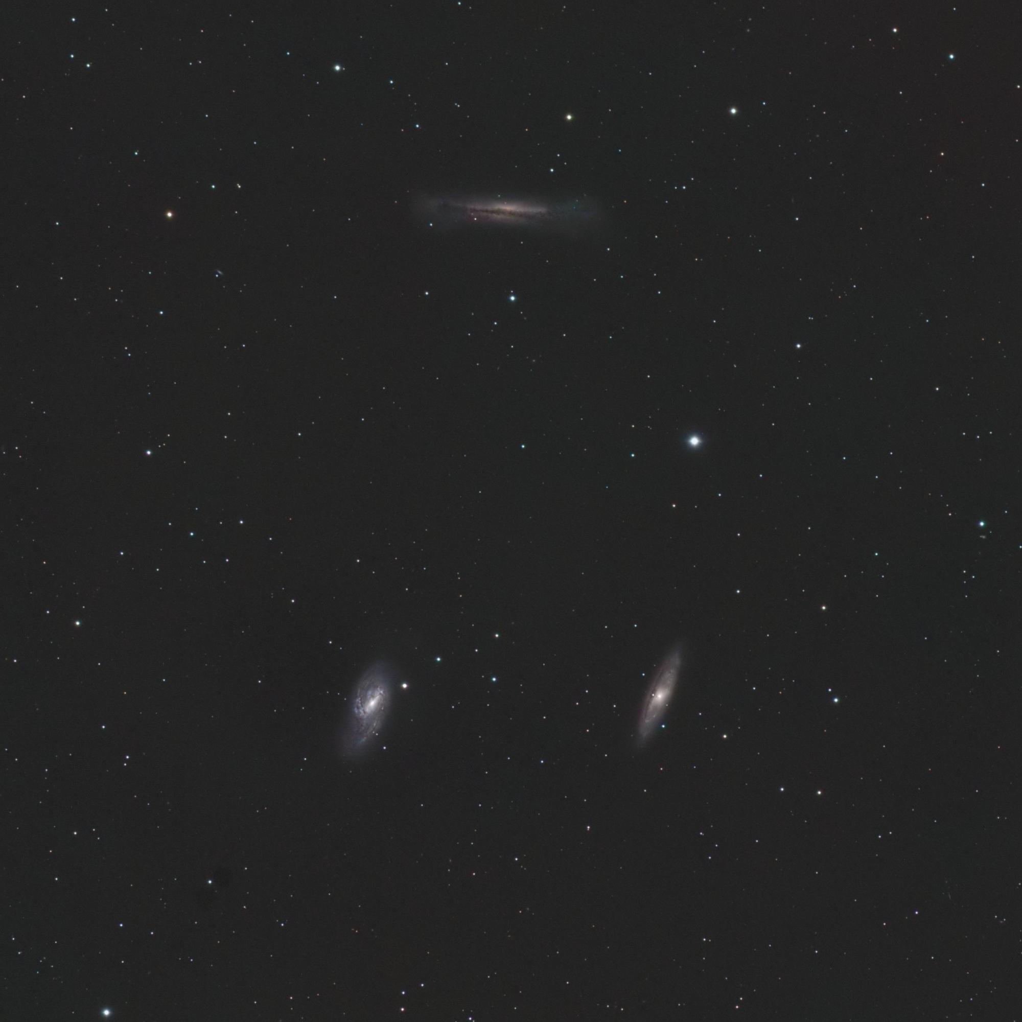 Le trio de galaxies du lion M65 M66 NGC3628